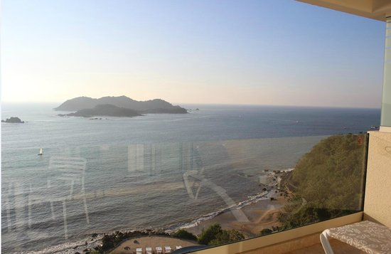 Azul Ixtapa Beach Resort & Convention Center : view from room