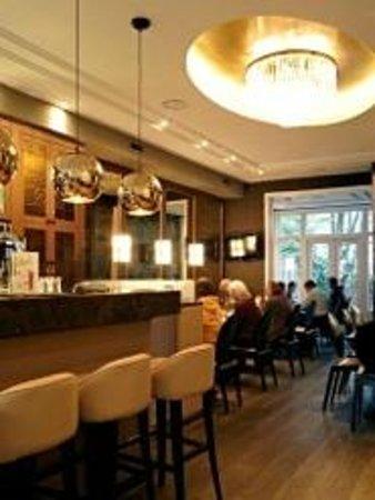 Hotel Apple Inn: Bar