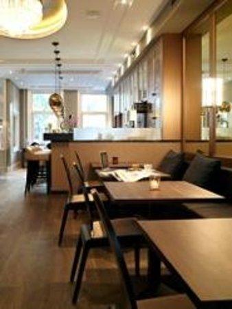 Hotel Apple Inn: breakfast room