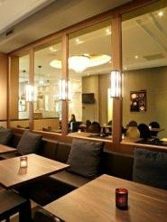 Hotel Apple Inn: Bar cafe