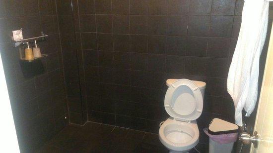 iroom Hotel : Bathroom
