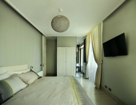 Hotel Terranostra: Amplitud y limpieza en la decoración de las habitaciones.