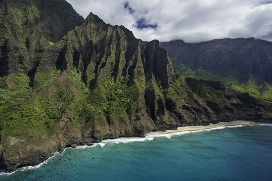 Inter-Island Helicopters - Tours: Northern Na Pali Coast