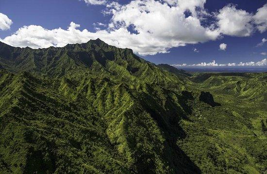 Inter-Island Helicopters - Tours: Near Mount Waialeale