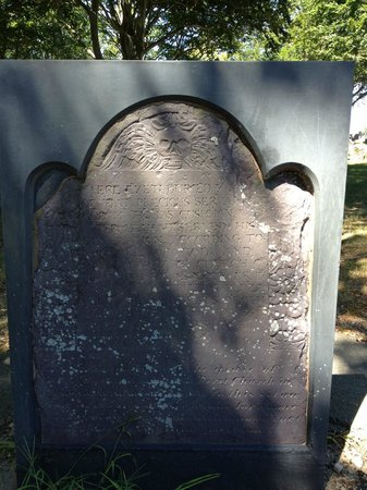 Burial Hill: Grave