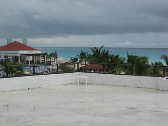 Flamingo Cancun Resort: A walkout terrace from your room
