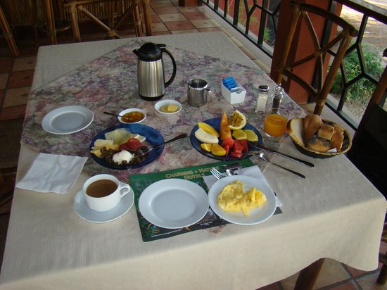 Hotel Restaurant Cantarana: Awesome breakfast to start the day