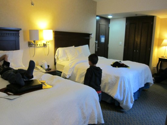 Hampton Inn & Suites Mexico City - Centro Historico: Room