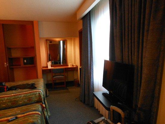 Hotel Metropol: habitacion con television por cable