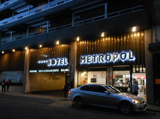 Hotel Metropol: frente del hotel
