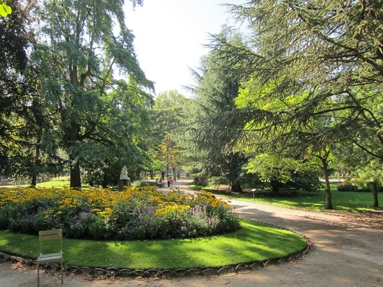 Picture of luxembourg gardens paris tripadvisor for Jardin du luxembourg hours