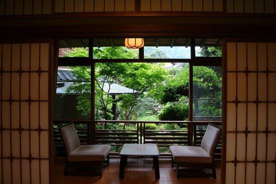 Kinosaki Onsen Nishimuraya Honkan: 和室8畳 景観