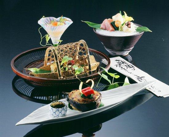 Nishimuraya Honkan: お料理の一例