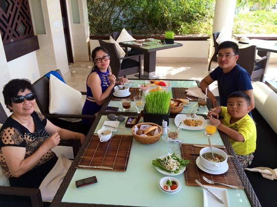 Princess D'An Nam Resort & Spa: Luch time