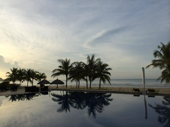 Princess D'An Nam Resort & Spa: Sunrise at resort