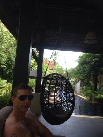 Montra Hotel: Chill area