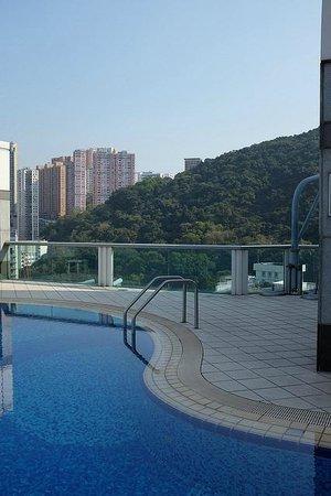 Metropark Hotel Causeway Bay Hong Kong: the rooftop pool