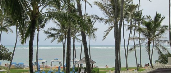 Kahala Beach: リッチな雰囲気のビーチ