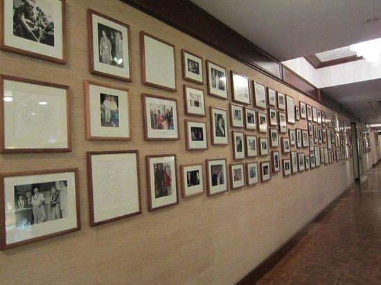The Kahala Hotel & Resort : セレブの写真 ダイアナ妃やマイケルも