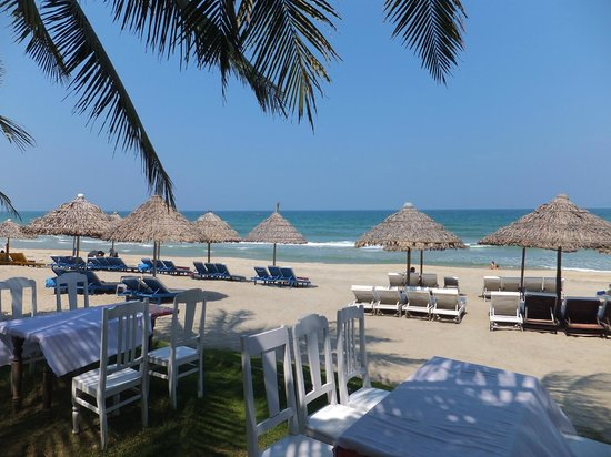 Cua Dai Beach: a