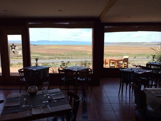 Hosteria La Estepa: restaurant & breakfast room