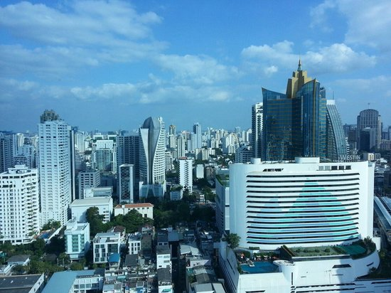 Sofitel Bangkok Sukhumvit: Another Bangkok City View from our suite.