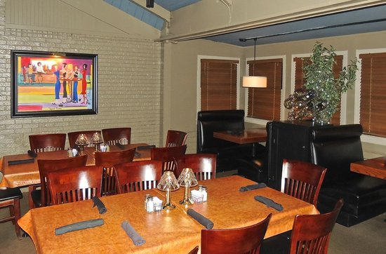 Buckley's Restaurant East: Dining area