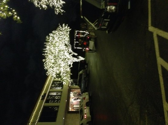 Highland Park Village: Christmas at hpv