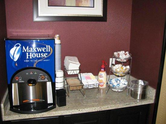 Marhaba Inn & Suites: 24 Hour Coffee Bar