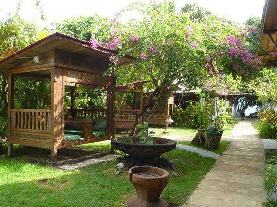 Pondok Sari Beach Bungalow Resort & Spa : dining in a little nook