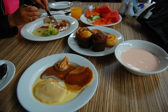 Berjaya Langkawi Resort - Malaysia: Breakfast at Dayang Cafe