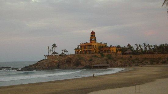 Cerritos Surf Town: View of Hacienda