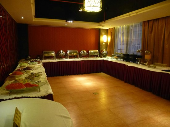 Xi'an City Hotel: The good buffet at the second day