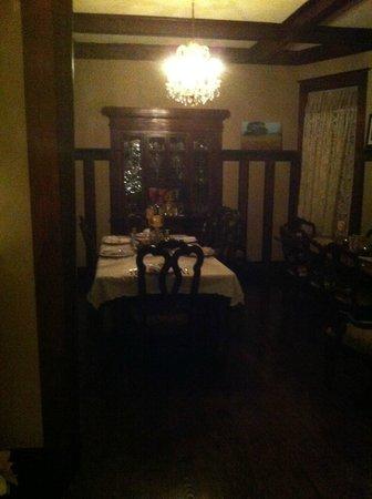 Eva's Escape at the Gardenia Inn: The Dining Room