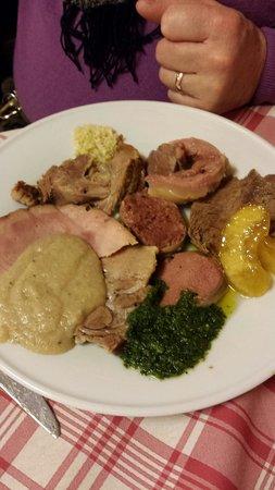 Trattoria Avanguardia : Il piatti di arrosti e bolliti. Ottimo