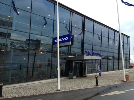 Volvo Museum: Фасад музея