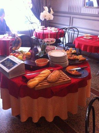 L'esperance Deauville: a table