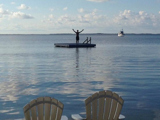 Key Largo Bay Marriott Beach Resort: Waters warm, jet skis are gassed up, and the diving is great