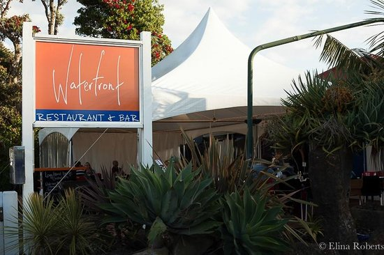 Waterfront Restaurant & Bar: Waterfront Restaurant in Paihia