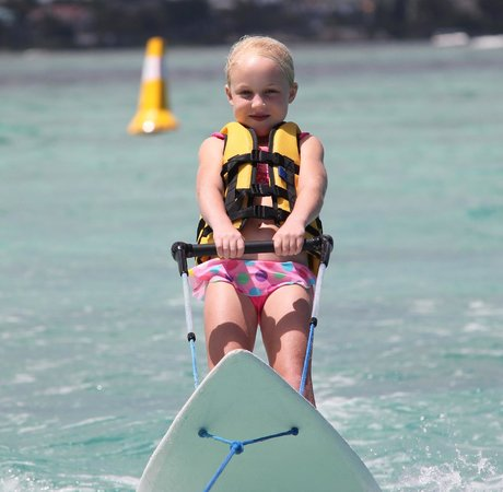 Trou aux Biches Beachcomber Golf Resort & Spa: Easy for very young kids to ski