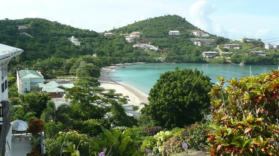 The Flamboyant Hotel & Villas: Morne Rouge beach just over the hill