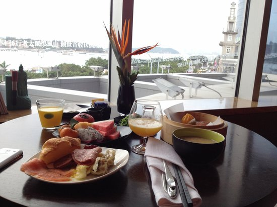 Hotel Indigo Xiamen Harbour : Breakfast