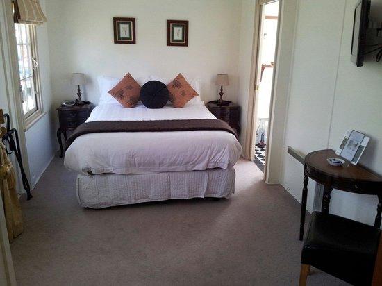 Kubba Roonga Guesthouse: Amazing old world charming bedroom