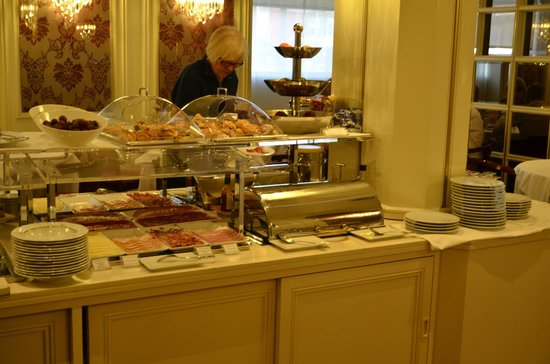Hotel Liabeny: Restaurante-buffet de desayuno