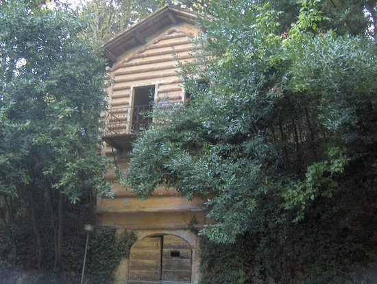 Villa Baciocchi: casetta delle fate