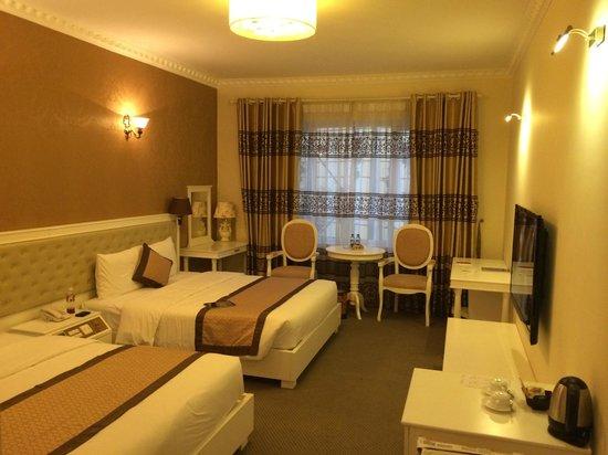 Nesta Hanoi Hotel - To Hien Thanh: 部屋