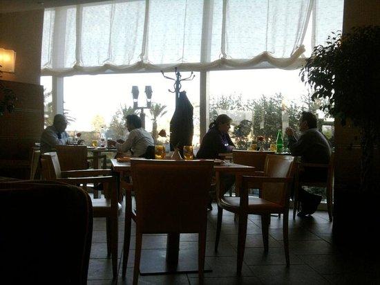 Sheraton Oran Hotel : Ristorante