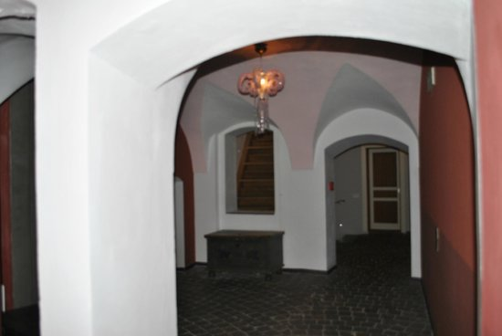 Design Hotel Neruda: hallway