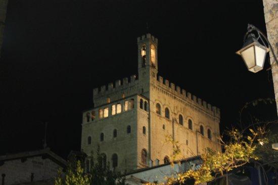Palazzo dei Consoli Museo Civico : Palazzo dei Consoli (1)