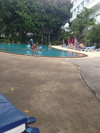 Royal Palace Hotel: pool